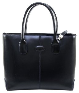 Tod's Tote in Navy Blue