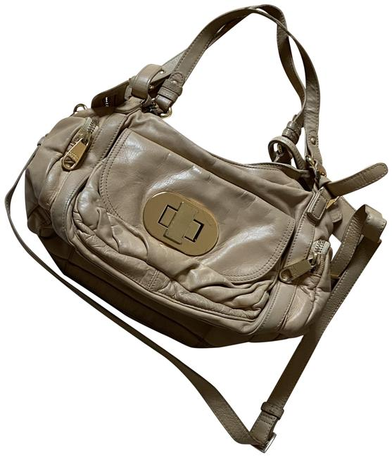 Item - Tan/Nude with Gold Hardware Tan Leather Shoulder Bag