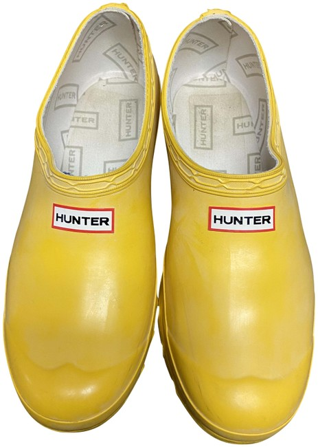 Item - Yellow Rain Mules/Slides Size US 8 Regular (M, B)