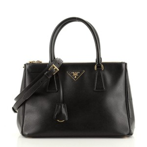 Item - Double Lux Zip Saffiano Small Black Leather Tote