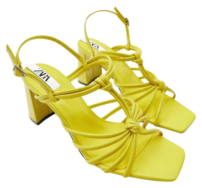 Item - Yellow W High Block Heeled W/ Knot Detail Color 9/40 New Sandals Size US 9 Regular (M, B)