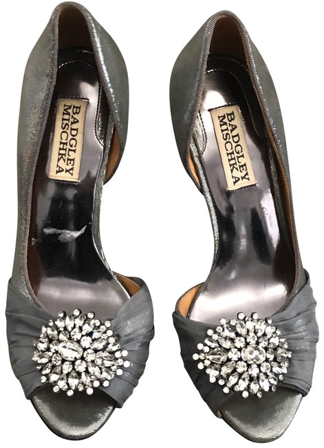Item - Silver Crystal Studded Pearson D'orsay Heels Pumps Size US 5.5 Regular (M, B)