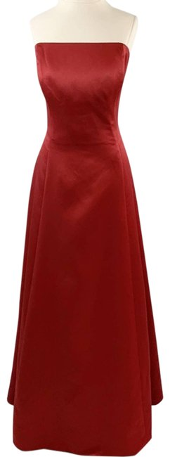 Item - Red Strapless Gown Formal Dress Size 14 (L)