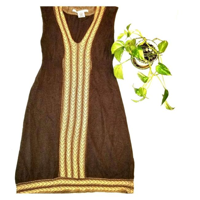Item - Brown L V Neck Knitted Sweater Mid-length Short Casual Dress Size 12 (L)