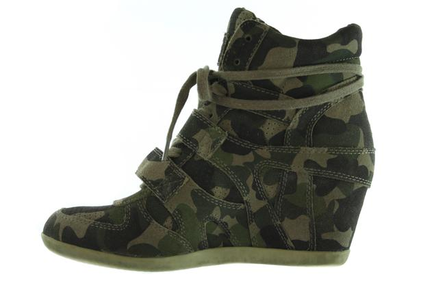 Item - Green Camouflage Strap Sneakers Wedges Size US 9 Regular (M, B)