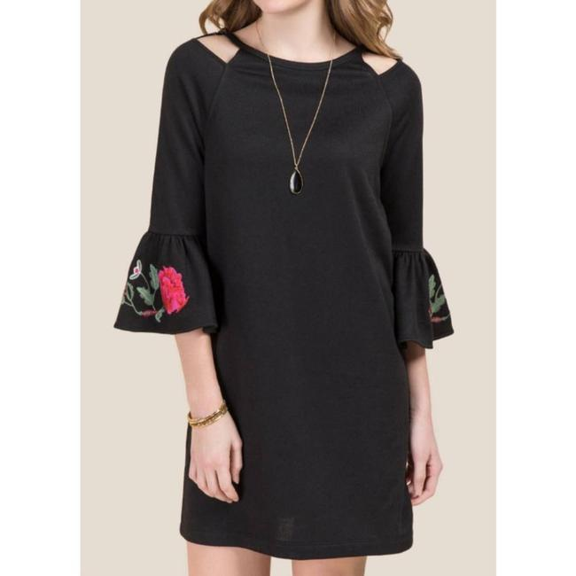 Item - Black Embroidered Sleeve Knit Small Short Casual Dress Size 6 (S)