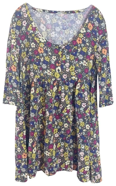 Item - Gray Flower Baby Doll Short Casual Dress Size 8 (M)
