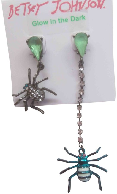 Item - Black New Mismatch Spider Earrings Necklace