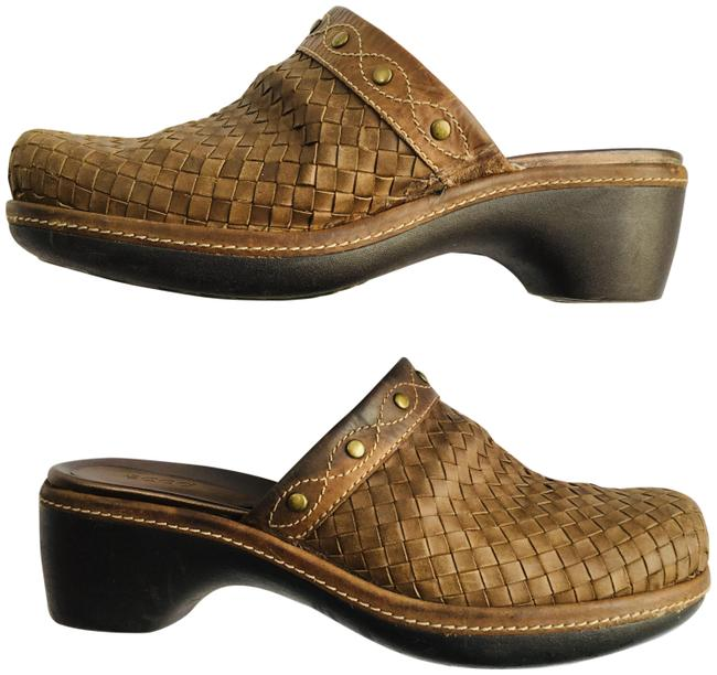 Ecco Brown Woven Leather Studded Mules/Slides Size EU 40 (Approx. US 10) Regular (M, B) Ecco Brown Woven Leather Studded Mules/Slides Size EU 40 (Approx. US 10) Regular (M, B) Image 1