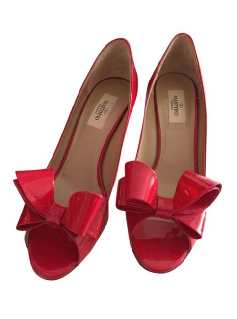 Item - Red Patent Bow Couture Peeptoe Heels Pumps Size EU 39.5 (Approx. US 9.5) Regular (M, B)