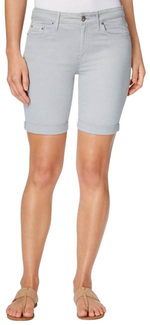 Item - Gray Tacked Garment Dyed City In Quarry Shorts Size 8 (M, 29, 30)