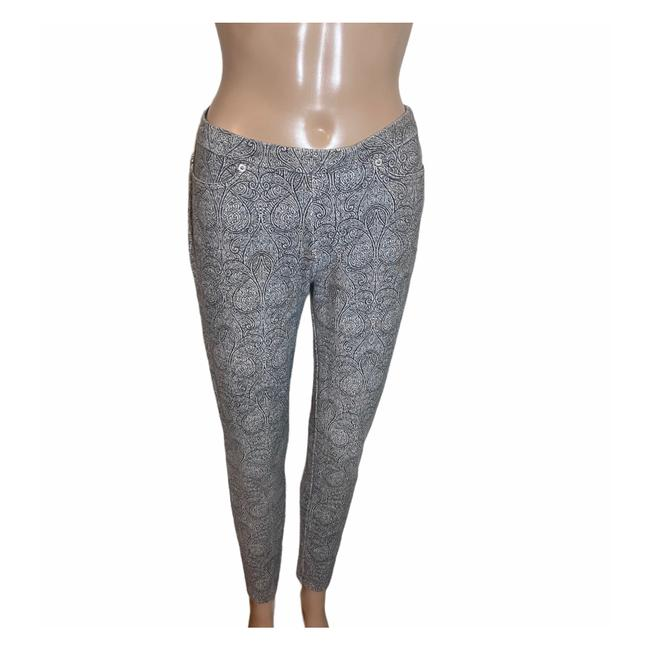 Item - Black and White Jeggings Size 0 (XS, 25)