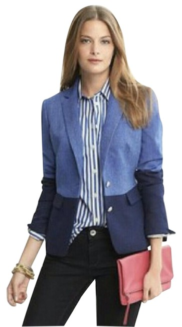 Item - Light Blue and Navy Blue Hacking Jacket Two-tone Color Blazer Size 2 (XS)