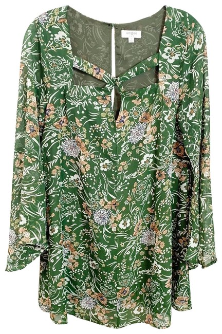 Umgee Green Floral Bell Sleeve In Army Short Casual Dress Size 4 (S) Umgee Green Floral Bell Sleeve In Army Short Casual Dress Size 4 (S) Image 1