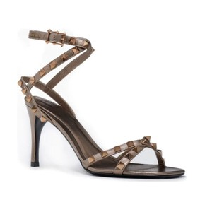 Item - Gold Flair Rockstud Ankle Strap Sandal Sasso Metallic Pumps