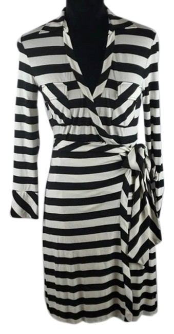 Item - Black and White Brisa Short Casual Dress Size 8 (M)