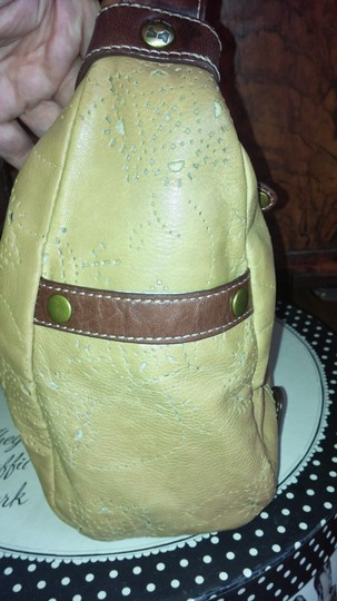 Kenneth Cole Reaction Satchel in carmel and brown