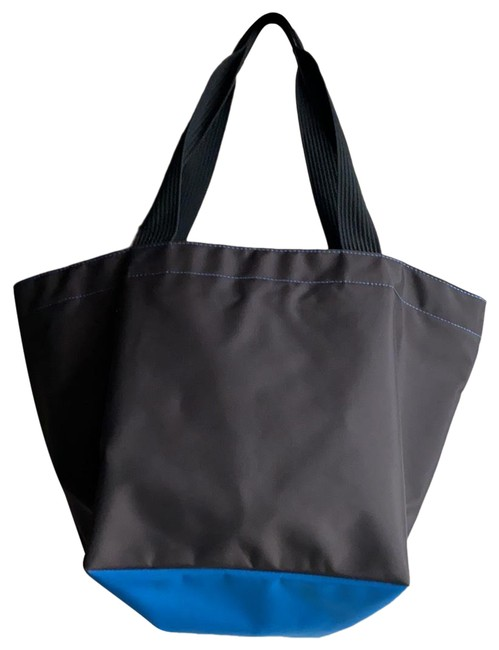 Item - 1028n Chocolate Color with Ocean Blue Nylon Tote
