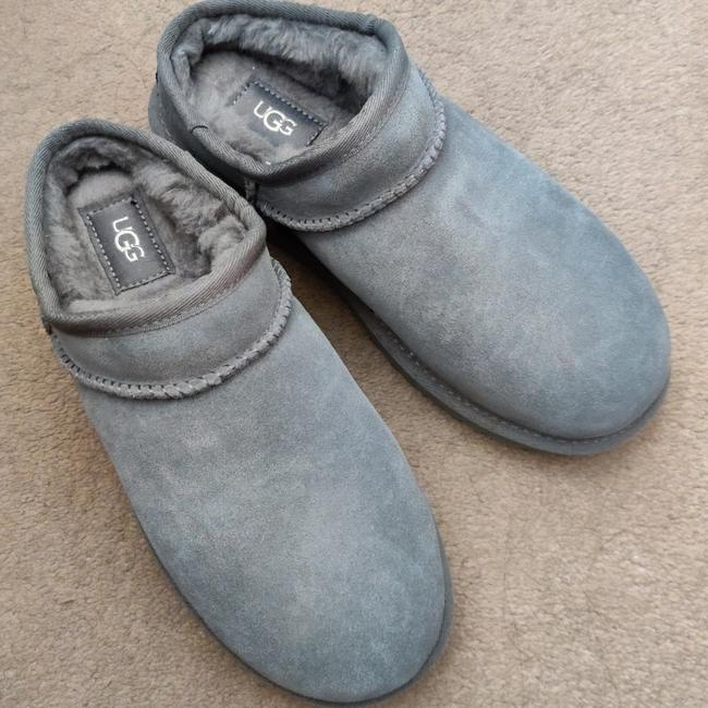 Item - Grey Classic Suede Slipper Mules/Slides Size US 8 Regular (M, B)