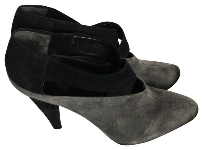 Item - Grey & Black Ankle Boots/Booties Size US 7.5 Regular (M, B)