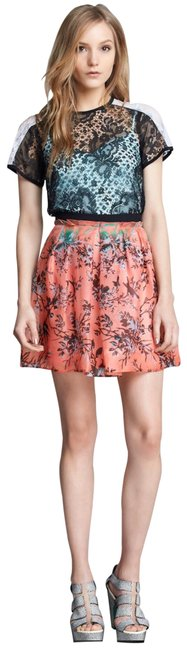 Item - Coral Digital Skirt Size 0 (XS, 25)