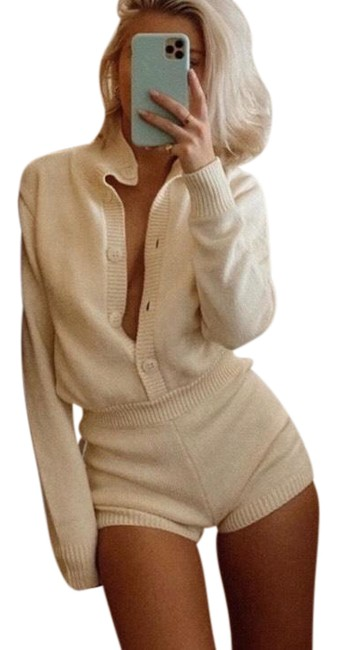 Item - White Limited Edition Knit Romper/Jumpsuit