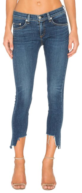 Item - Blue Medium Wash Capri/Cropped Jeans Size 31 (6, M)