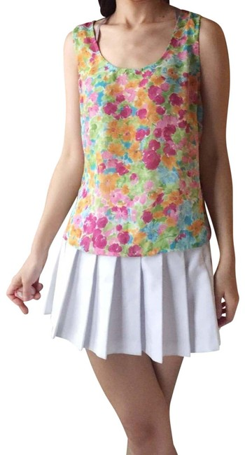 Item - Floral Sleeveless Top.-p8. Blouse Size 6 (S)