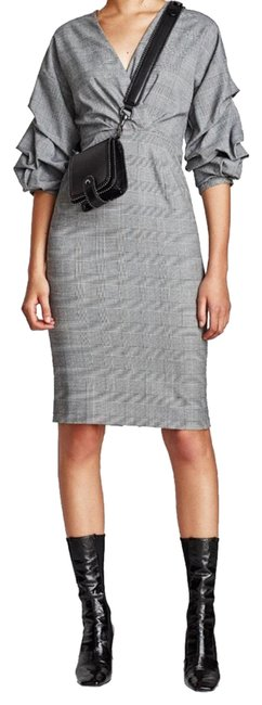 Item - Black and White Houndstooth Puffy Sleeves Mid-length Short Casual Dress Size 12 (L)