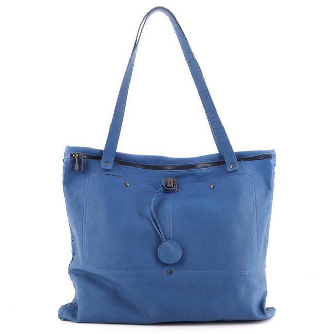 Item - Shopping Zip Front Pocket with Intrecciato Detail Large Blue Leather Tote