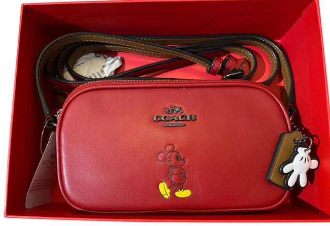 Item - Pouch F56268 Red Leather Cross Body Bag