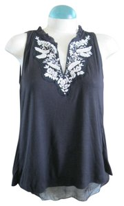 Ric Rac Anthropologie Embroidery Top black