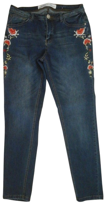 Item - Blue Medium Wash Embroidered Skinny Jeans Size 32 (8, M)