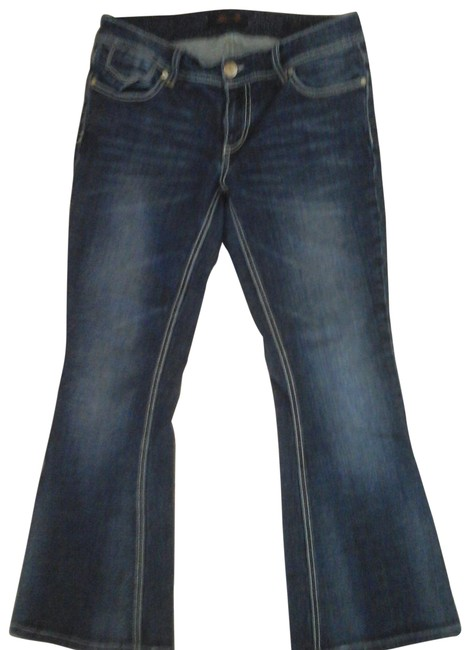 Item - Blue Dark Rinse Embroidered Flare Leg Jeans Size 32 (8, M)