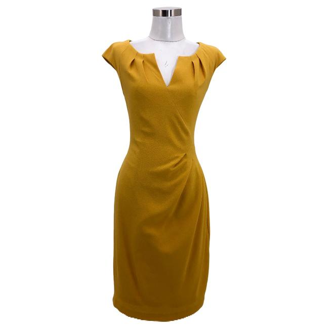 Adrianna Papell Yellow N593 Designer Small Sheath Mid-length Formal Dress Size 6 (S) Adrianna Papell Yellow N593 Designer Small Sheath Mid-length Formal Dress Size 6 (S) Image 1