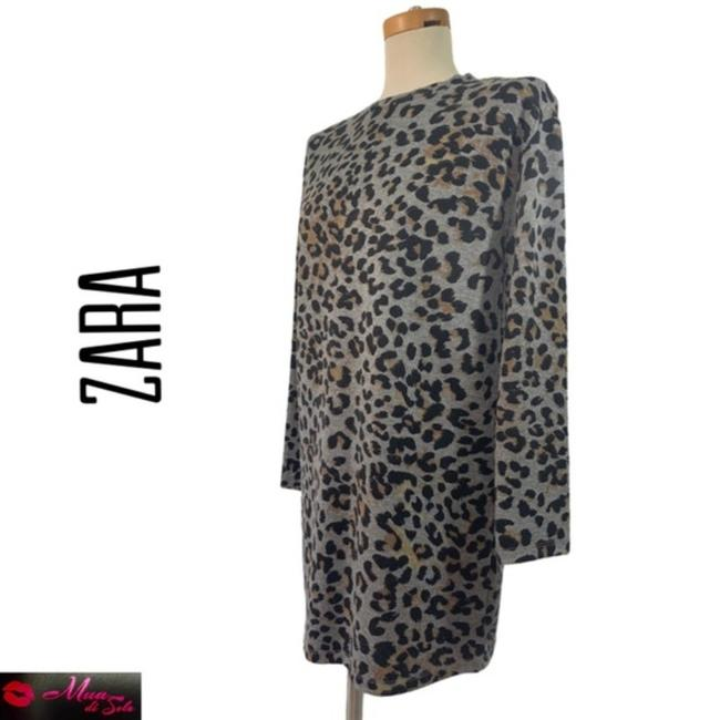 Item - Leopard Gray and Brown Sweater