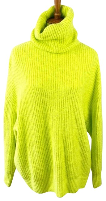 Item - New Lime (Sz: S) Green Sweater