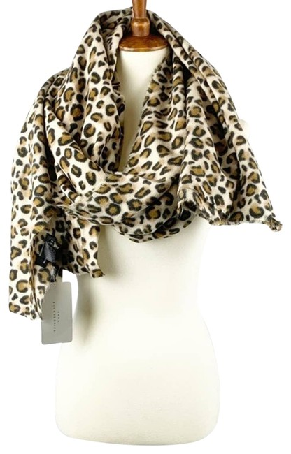 Item - Brown New Leopard Scarf/Wrap