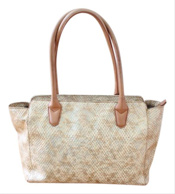 Item - Embossed Beige Tan Yellow Leather Tote