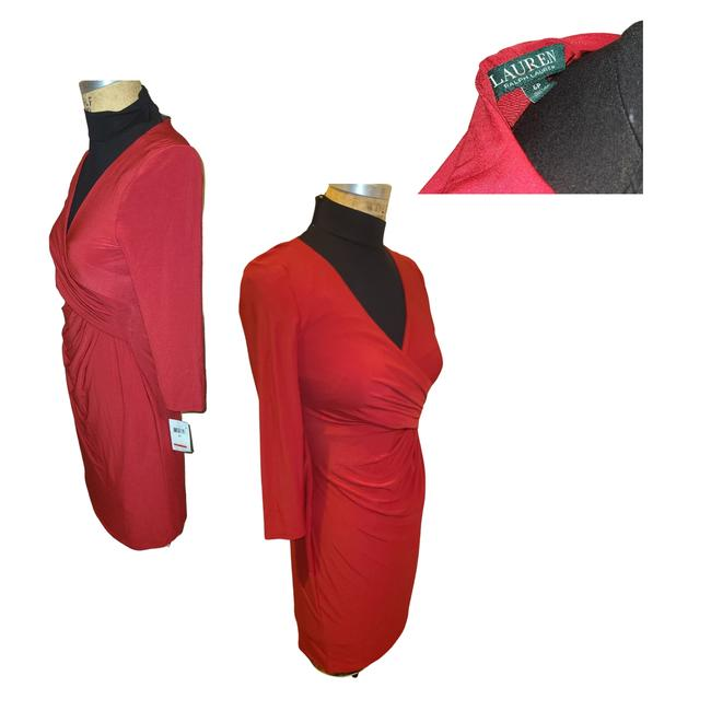 Item - Red Mid-length Cocktail Dress Size Petite 4 (S)