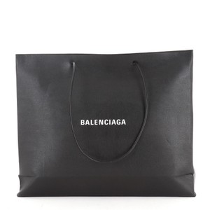 Item - Shopping East West Black Leather Tote