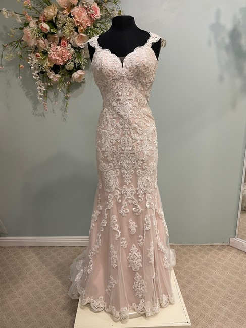 Item - Ivory/Maple Lace D2205 Traditional Wedding Dress Size 10 (M)