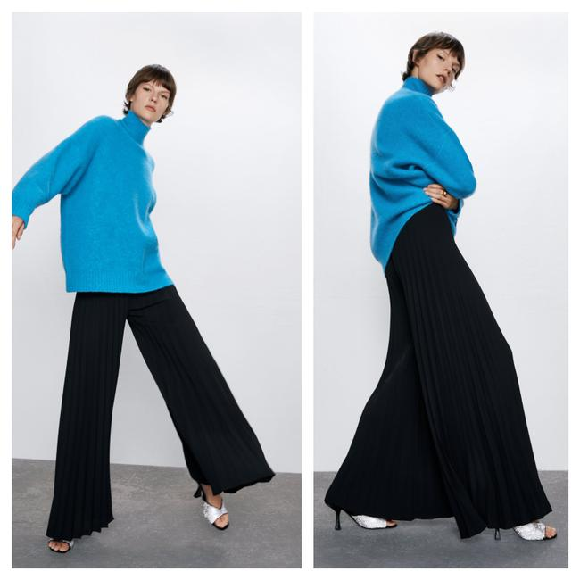 Item - Black Finely Pleated Wide Leg Palazzo Pants Size 8 (M, 29, 30)