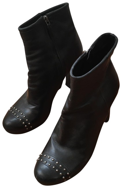 Item - Black Studded Leather Ankle Boots/Booties Size EU 39 (Approx. US 9) Regular (M, B)