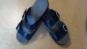 Dansko Leather Adjustable Buckles Pattern. European Size 40 Black Croco Sandals