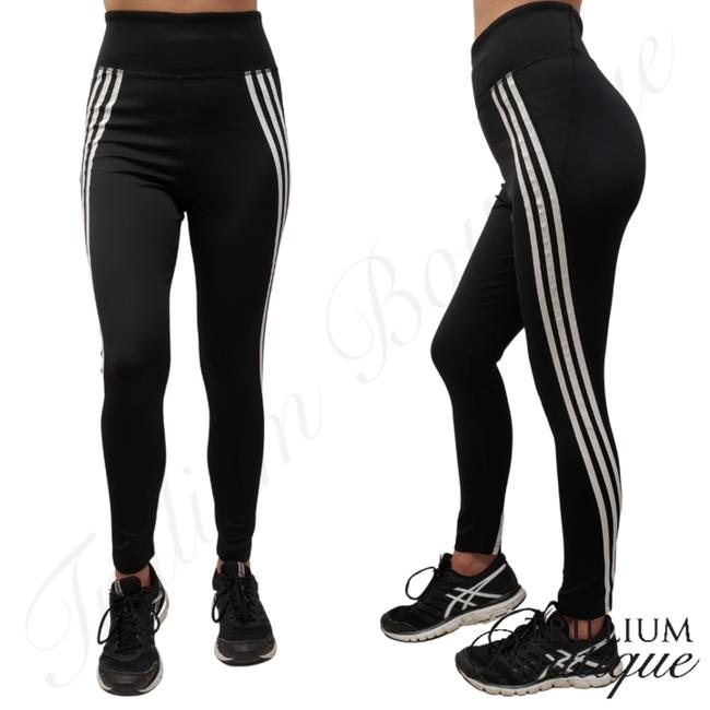 Item - Black Aeroready Women's 7/8 High Rise Tights New with Tags Activewear Bottoms Size 8 (M, 29, 30)