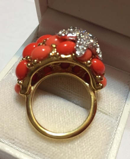 Kenneth Jay Lane KENNETH JAY LANE KJL Gold plated STARFISH RING with faux coral cabochon stones and pave clear crystals