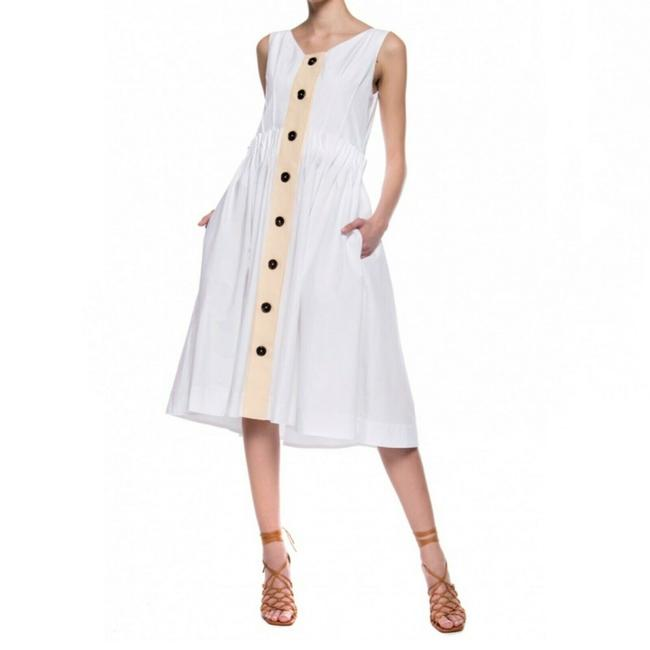 Item - White Mid-length Night Out Dress Size 10 (M)