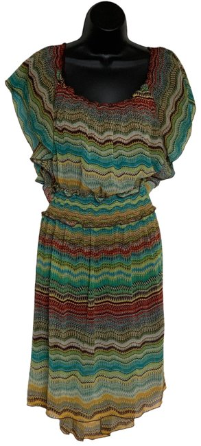 Item - Green Multicolored Mid-length Short Casual Dress Size 4 (S)
