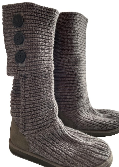 Item - Grey Classic Cardy Boots/Booties Size US 7 Regular (M, B)